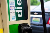 Gasoline Prices Fall, Diesel Rises