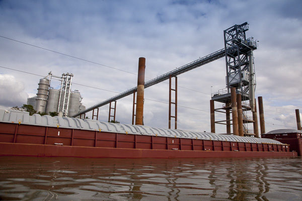 Moving Grain: Dredging Issues on Lower Mississippi; Grain Inspections Continue Climb