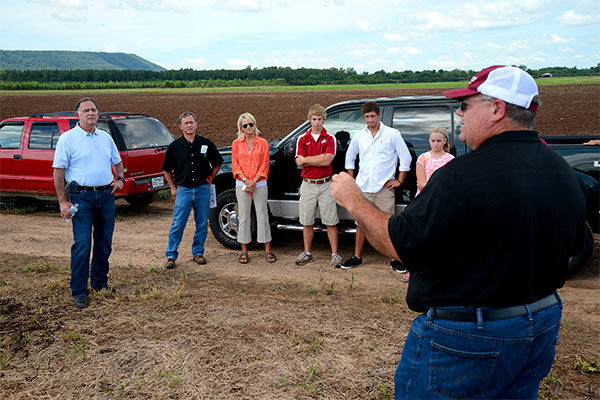 Indiana: 10 Beginning Farmer Tours Offer Glimpse at Ag Diversity